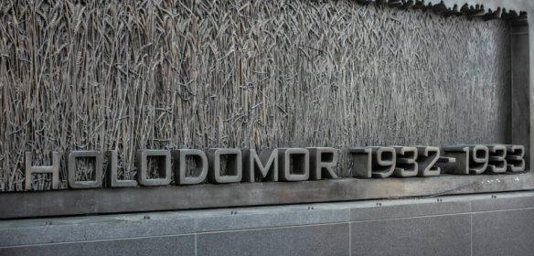 Holodomor-Ukraine-938x450.jpg